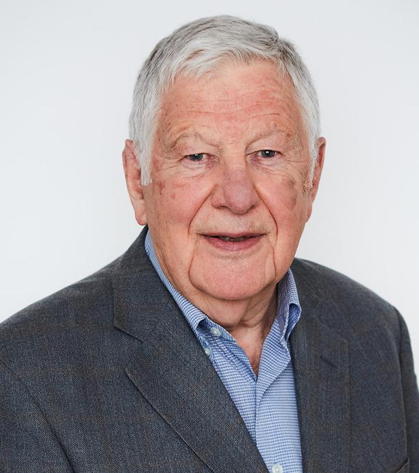 Peter Bradshaw headshot